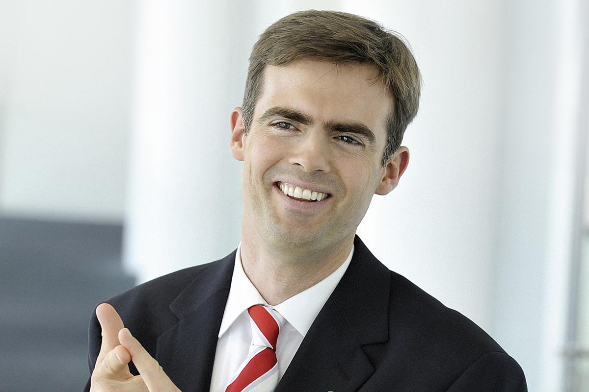 Dr. Matthias Effinger