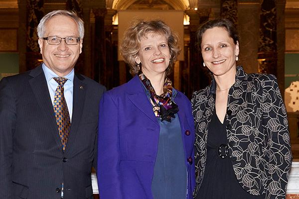 Hannes Bogner (UNIQA), Sabine Haag (KHM), Petra Eibel (UNIQA).