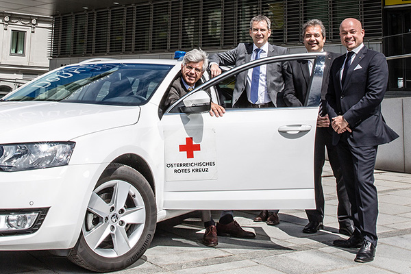 UNIQA Rettungswagenübergabe