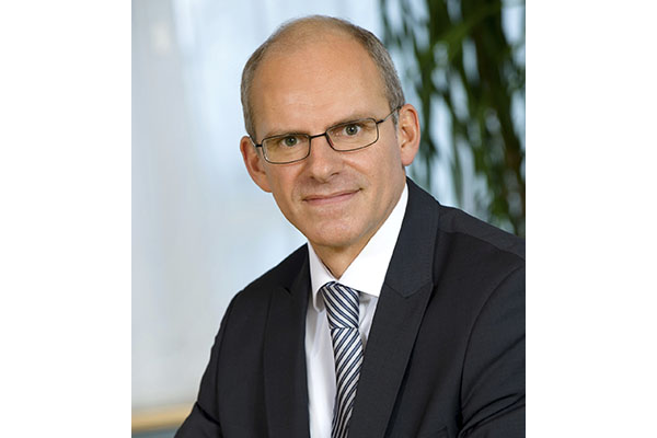 Vertriebsvorstand Dr. Ralph Müller