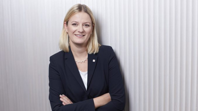 Mag. (FH) Sabine Stiller