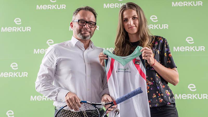 Merkur Generaldirektor Gerald Kogler und Karolína Plíšková
