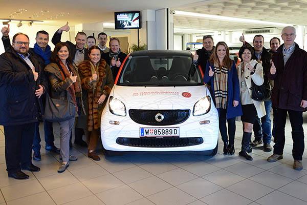 Wiener Versicherungsmakler fahren Smart